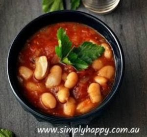 Quick and Delicious Baked Beans Recipe | Do you want a quick and delicious breakfast that you can just heat up and eat on the kitchen bench? | https://www.simplyhappy.com.au//quick-delicious-baked-beans-recipe/