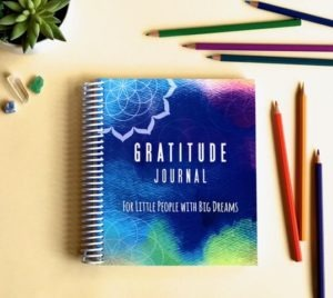 Proven ways to increase gratitude in your family | Gratitude is more than just good manners - it is all about mindset and lifestyle. | https://simplyhappy.com.au/proven-ways-to-increase-gratitude-in-your-family/