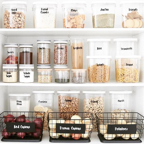 How to organise and declutter your kitchen with ease | Do you want to organise and declutter your kitchen with ease? | https://simplyhappy.com.au/how-to-organise-and-declutter-your-kitchen-with-ease/