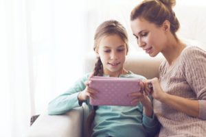 Fun And Educational Online Activities For Rainy Days | For most kids, bad weather means boredom, especially in the winter when they couldn't be having fun outside. | https://simplyhappy.com.au/educational-online-activities/