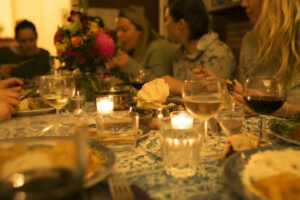 Women connecting over dinner | why-a-retreat | mums-retreat